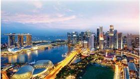 面對數位科技時代的來臨,新加坡也積極投入金融科技的創新方式,並在今年公布「數位政府藍圖」,有望在未來成為全球最有實力的貿易鏈結中心。
