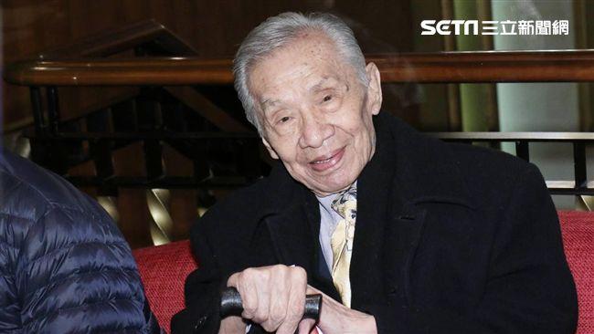 96歲男星下海拍戲半年!竟突遭「砍角」…慘連片酬都討嘸