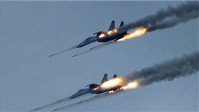 ▲解放軍空軍進行實彈演習。(圖/翻攝自中國軍網)