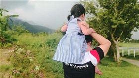 高雄3歲女童遭空氣噴槍奪命/女童媽媽臉書