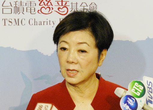張淑芬建平台 盼社會一起做公益台積電慈善基金會24日召開記者會,董事長張淑芬說,社會需要幫助的人很多,她建立一個「把愛送出去」平台,是需要幫助的個案與願意伸出援手的企業及個人媒合的平台,希望台灣各界能共同響應,讓社會更好。中央社記者張建中攝 108年1月24日