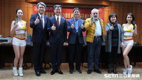 台灣運彩和體育署舉辦記者會,體育署長高俊雄和運彩總經理林博泰。(圖/記者王怡翔攝影)