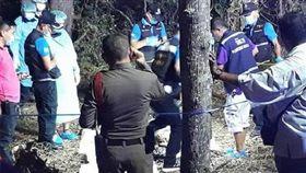 泰國羅永府的農沙農森林保護區,本月21日被當地居民發現了腐爛的屍塊。翻攝馬來西亞《中國報》