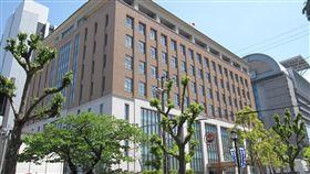 日本一名男子去年逼車撞死一名男大學生,被檢方依殺人罪起訴並具體求刑18年。日本大阪地方法院(土界)支部今(25)日依觸犯殺人罪,判決被告16年有期徒刑。(圖/翻攝自Google地圖)