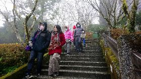 宜蘭太平山急凍 遊客上山等雪