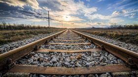16:9 火車 鐵軌 鐵道 圖/翻攝自pixabay