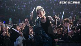 謝和弦在KKBOX風雲榜頒獎典禮再度大喊「我是台灣人」。(圖/ KKBOX提供)