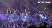 日本女子團體乃木坂46在KKbox風雲榜演唱。(記者邱榮吉/攝影)