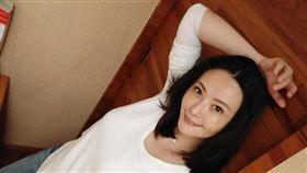 蕭淑慎自嫁給小她15歲的丈夫後專心做家庭主婦。(圖/翻攝自臉書)