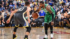 NBA/厄文:勇士贏塞隊是運氣好 NBA,波士頓塞爾提克,Kyrie Irving,金州勇士,Stephen Curry 翻攝自推特