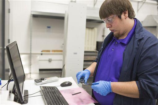 ▲Ford將石墨烯混入製作零件。(圖/翻攝網站)