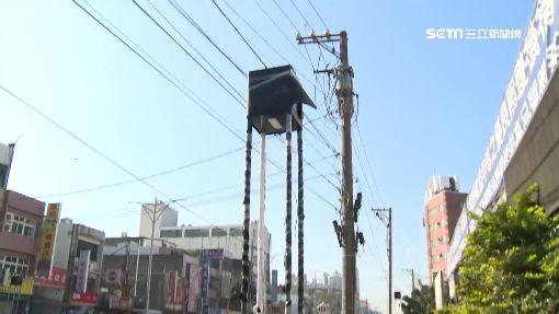 新建「黑色景觀燈」被嫌犯煞 民批:像辦喪事