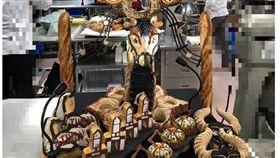 台灣青年麵包師傅張廷瑋在法國國際青年麵包師傅大賽,以台灣原住民及梅花鹿意象的工藝麵包作品獲得藝術麵包最佳工藝獎。(圖/翻攝自張廷瑋臉書)