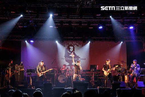 董事長樂團為羅大佑台語演唱會暖場。(圖/Legacy提供)
