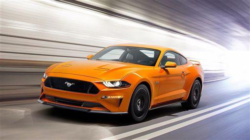 2018年式Ford Mustang GT標配主動式排氣閥門控制系統。(圖/Ford提供)