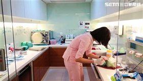 新城牙醫診所院長袁旺泉醫師 圖/記者廖俐惠攝影