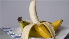 香蕉、吃香蕉/pixabay