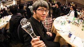 魔術師,吳何,世界魔術大賽,冠軍,老師,想像力。翻攝畫面