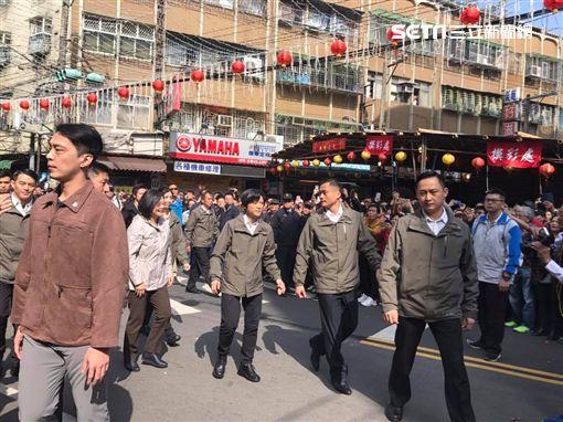 蔡英文 新北 三重 紅包 余天李坤城臉書