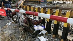 2月7日170車次台鐵事故,撞及摩托車