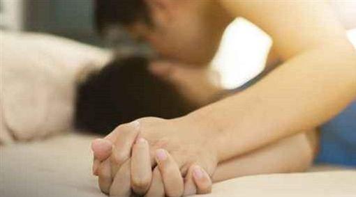 性愛,做愛,性關係,性行為,情侶,夫妻,恩愛(圖/PIXABAY)