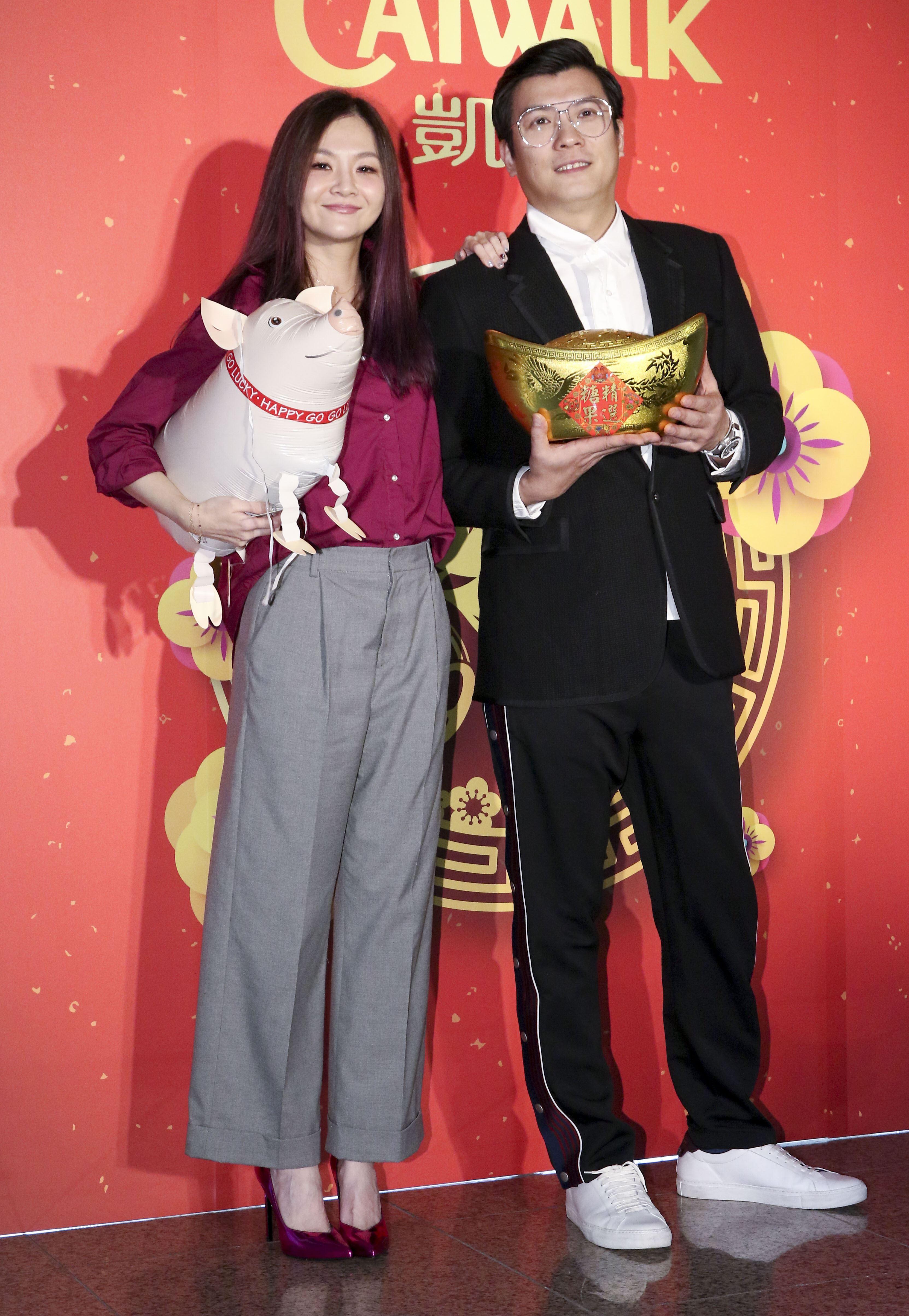 2019凱渥開春團拜,董事長吳鋒、花花(張嘉雲)。(記者林士傑/攝影)