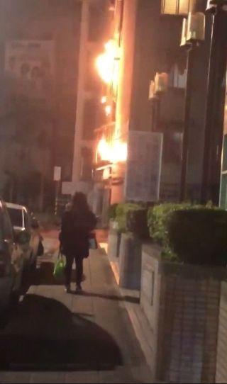 台北,天母,天燈,住宅區,火警。翻攝自臉書台北之北投幫社團