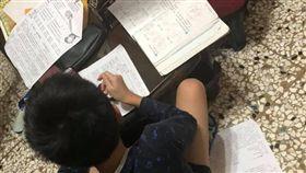 學生,寒假作業,開學,爆廢公社 圖/翻攝自臉書爆廢公社