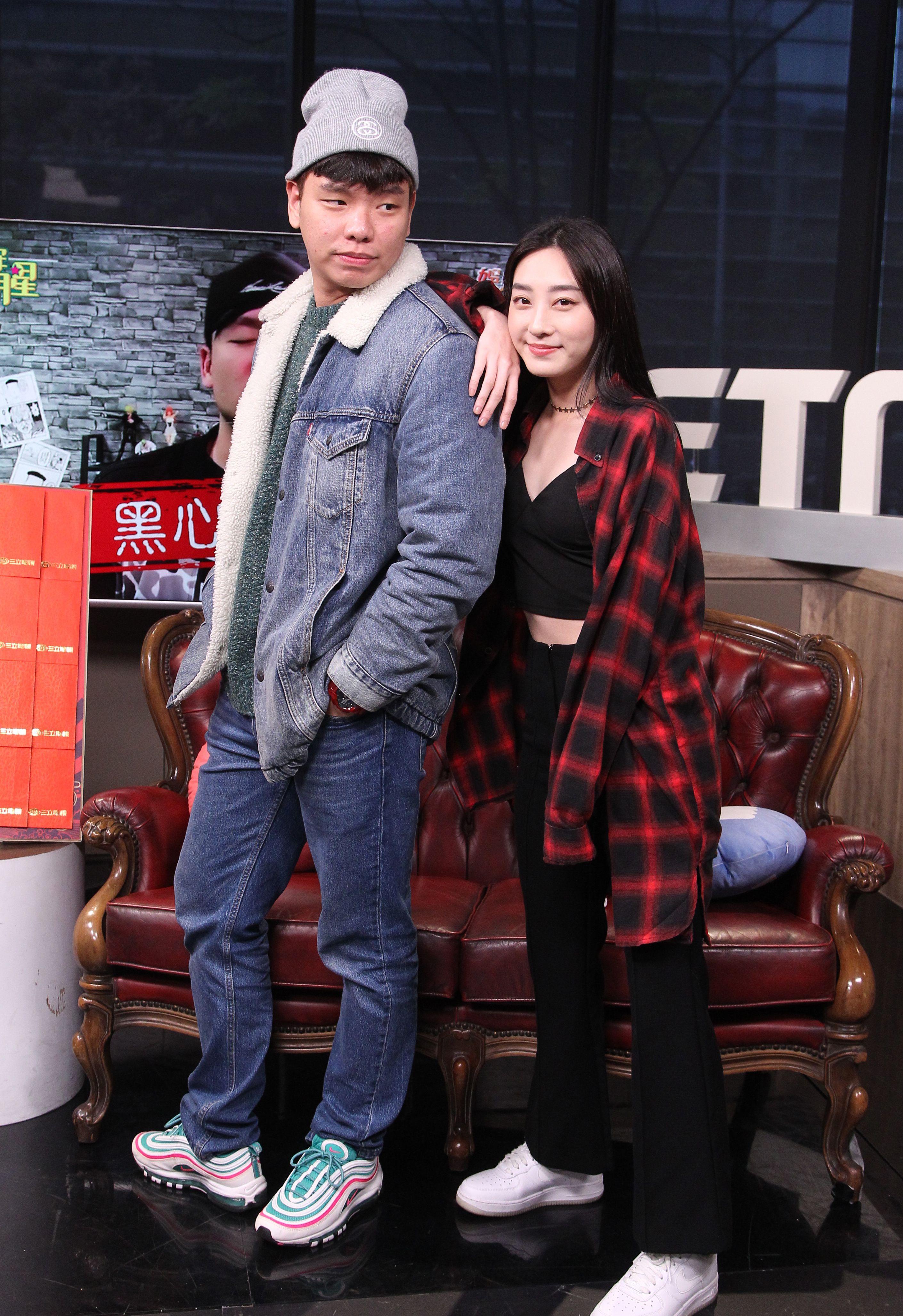蕭志瑋、席惟倫安安大明星。(記者邱榮吉/攝影)