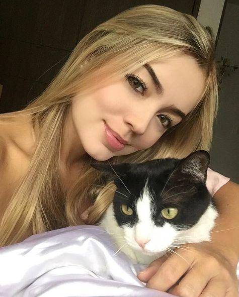 模特兒Valentina Gallegohttps://www.instagram.com/p/BCWpeYgMKnH/