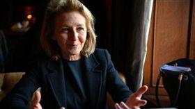 法國議員德拉霍迪耶(Laurede La Raudiere)挺台灣,質問法國政府對於習近平言論抱持立場。