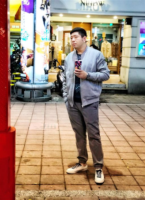 NONO「艋舺雞排」、手搖「花羨沐嵐」 圖/翻攝自臉書