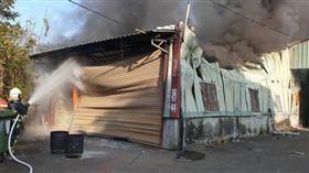 台中,火警,開工,工廠,拜拜(圖/翻攝畫面)