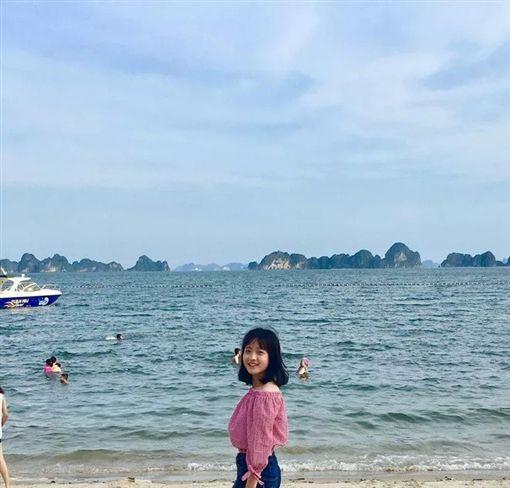 越南,香腸攤,正妹,少女,高中生,爆紅翻攝臉書
