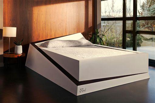 ▲Ford發明LANE-KEEPING智能床。(圖/翻攝網站)