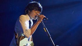 盧廣仲新歌《愛情怎麼了嗎》開始預購。(圖/添翼提供)