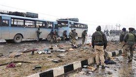 印度克什米爾今日發生攻擊事件。(圖/翻攝自Twitter)