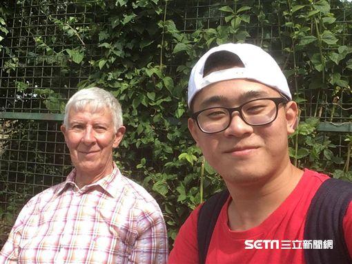 24歲台男愛上75歲英國老爹婚紗照/趙守泉授權提供