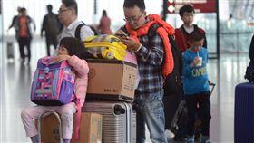 華航機師罷工落幕  影響桃機逾2.6萬旅客華航機師罷工歷經7天終於落幕,期間桃園國際機場受影響航班總計145架次,估計影響旅客2萬6529人次。中央社記者邱俊欽桃園機場攝 108年2月15日