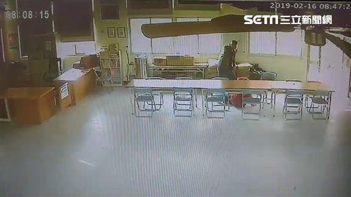 下跪,活動中心,老婦,台南