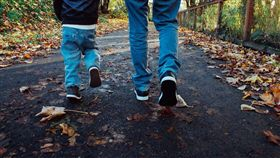 男童,父子(圖/翻攝自Pixabay)