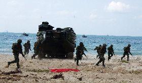 金色眼鏡蛇軍演 陸戰隊搶灘上岸警戒