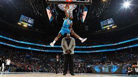 NBA/飛躍俠客!雷霆菜鳥奪灌籃王 NBA,2019全明星,灌籃大賽,Hamidou Diallo,Shaquille O'Neal,Dennis Smith Jr. 翻攝自NBA官網