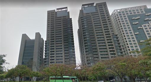 台中七期豪宅「由鉅三希」/Google map