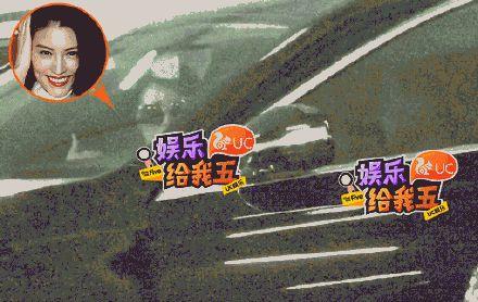 何穗被爆車上幽會神秘男3小時。(圖/翻攝自新浪娛樂微博)