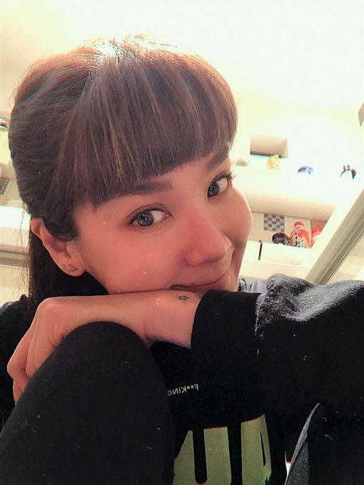沈嶸認為陸元琪這輩子恐難找到給她幸福的對象。(圖/翻攝自臉書)