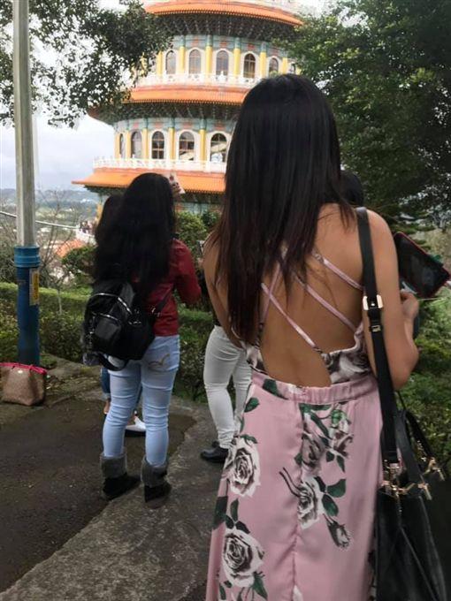 裸背,印尼,正妹,,/翻攝自爆廢公社