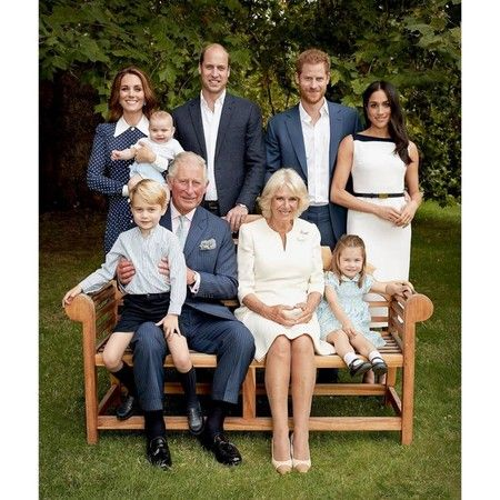 英國皇室合照(圖/翻攝自臉書)