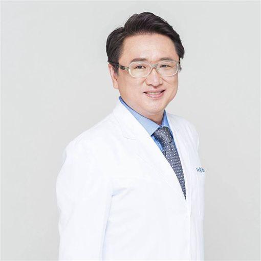黃偉俐醫師