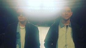 潘瑋柏與好友李晨nic(右)雙雙現身美國紐約。(圖/翻攝自潘瑋柏IG)